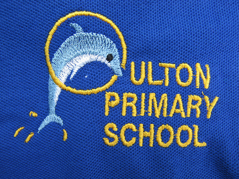 oulton blue logo